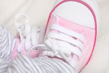 Free Newborn Babies Trainers Or Sneakers Royalty Free Stock Images - 18763199