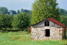 Free Old Amish Barn Stock Photos - 18764153