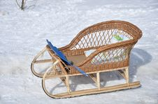 Free Children S Wicker Sled  In The Snow Stock Photo - 18765030