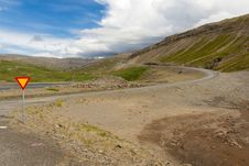 Free Crossroad In Mountain - Iceland Royalty Free Stock Image - 18767046