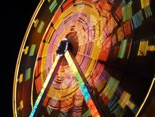 Free Moving Ferris Wheel Stock Photo - 18767350