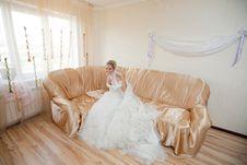 Free Happy Bride On The Sofa Royalty Free Stock Photos - 18767988
