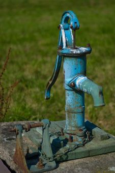 Free Water Pump Royalty Free Stock Image - 18768476