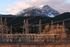 Free Bonneville Dam Power Line Towers, Pylons Royalty Free Stock Photo - 18769435