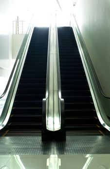 Free Escalator Royalty Free Stock Image - 18769606