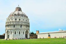 Free Baptistry Cathedral Of Pisa Royalty Free Stock Image - 18771726