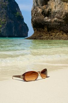 Sunglasses On The Sand Royalty Free Stock Photo