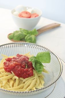 Free Dish Of Pasta With Tomato Royalty Free Stock Images - 18783419