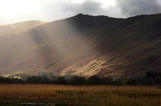 Free Sun On The Winter Fells. Royalty Free Stock Images - 18784419
