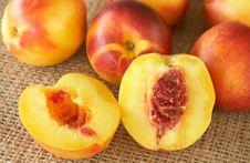 Bunch Of Ripe Nectarine Peaches Stock Photos