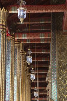 Free Thai Temple Atrium Ceiling Royalty Free Stock Images - 18786329