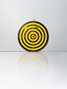 Free A Target With A Darts Stock Image - 18789351