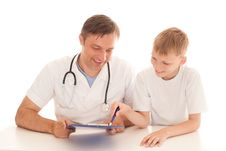Free Boy And Doctor Stock Photography - 18797152
