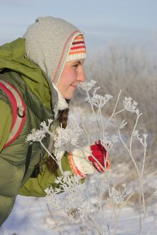 Free Girl And Snow Flower Royalty Free Stock Photography - 1885397