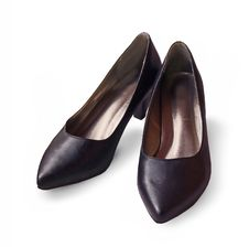 Free Pair Of Classic Womanish Black Shoes Stock Image - 18800491