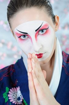 Free Japan Geisha Woman With Creative Make-up. Stock Images - 18800954
