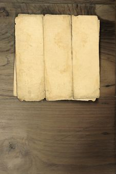 Free Old Paper Wood Royalty Free Stock Images - 18800999