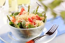 Free Fresh Vegetable And Salmon Salad Royalty Free Stock Images - 18801739