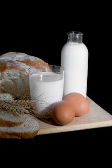 Free Milk, Eggs And Bread Stock Photography - 18802422