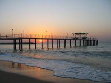 Free Sea Sunrise Royalty Free Stock Photography - 18808917