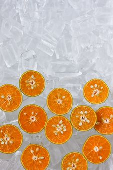 Free Fresh Orange On Ice Royalty Free Stock Photos - 18810718