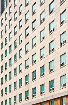 Free Apartment Building Royalty Free Stock Photography - 18812437