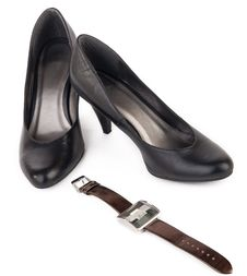 Free Black Shoes And Brown Watch For Women Stock Images - 18822584