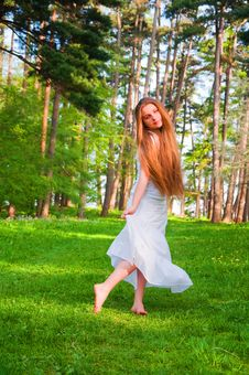 Free Girl In The Park Royalty Free Stock Image - 18830906