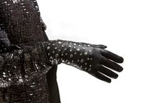 Free Futurist Gloves Royalty Free Stock Images - 18831939