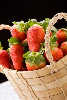 Free Strawberries Inside A Basket Royalty Free Stock Photo - 18832735