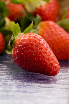 Free Strawberries Inside A Basket Royalty Free Stock Photo - 18833065