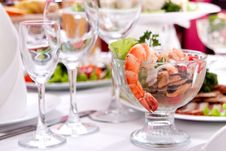 Free Salad With Shrimps Royalty Free Stock Image - 18850246