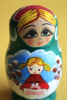 Free Russian Nesting Doll Royalty Free Stock Photography - 18854547