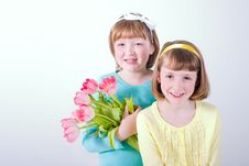 Free Little Girls Holding Bouquet Of Tulips Stock Photos - 18854793