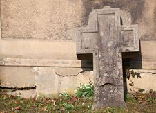 Free Burial Royalty Free Stock Photography - 18855537