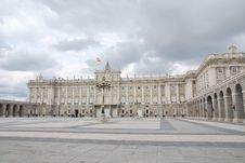 Free Royal Palace Of Madrid Stock Photo - 18856410