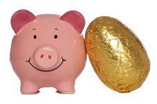 Free Piggybank With Easter Egg Royalty Free Stock Photos - 18856638