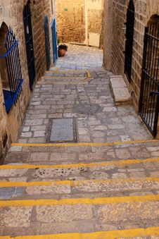 Free Street Of Jaffa Royalty Free Stock Images - 18860859