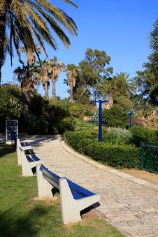 Free Park In Jaffa Royalty Free Stock Photo - 18861045