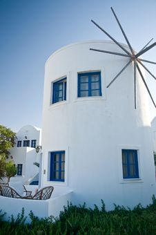 Free White Windmill In Greece Royalty Free Stock Photo - 18861445