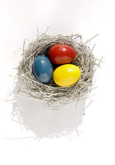 Free Nest With Color Easter Eggs Royalty Free Stock Photography - 18864817