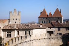 Free Walls And Towers Of The Medieval Castle Royalty Free Stock Photography - 18866657