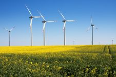 Free Wind Turbines Farm Royalty Free Stock Image - 18867186