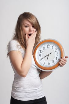 Free Sleeping Girl With A Big Clock In His Hands Royalty Free Stock Photo - 18867425