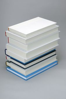Free Stack Of  Eight Plain Books Royalty Free Stock Photos - 18869468