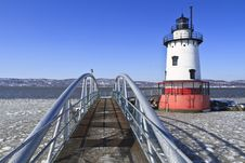 Free Lighthouse And Walkway Royalty Free Stock Images - 18870329