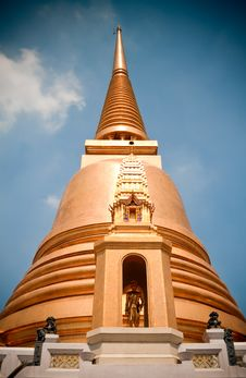 Free Gold Pagoda Stock Images - 18870454