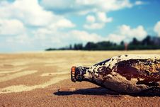 Free Jinni From The Bottle Stock Photos - 18877953
