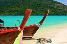 Free Paradise Island And Two Boats In The Green Ocean Stock Image - 18878531