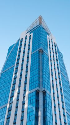 Free Modern High-rise Apartment Building Royalty Free Stock Photography - 18879037